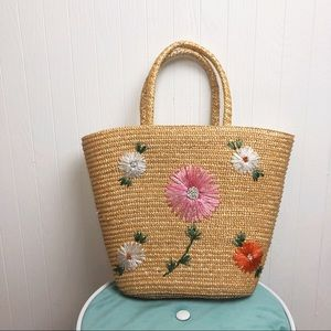 '90s Floral Straw Handbag >> EUC